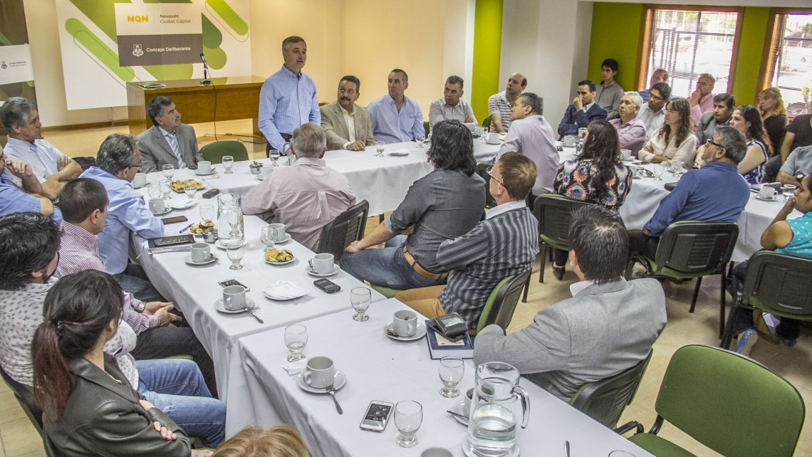 Especialista en narcotráfico visitó Neuquén y se reunió