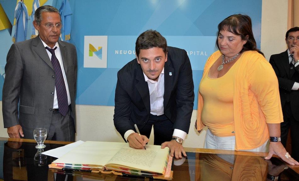 firma acta reasunción intendencia Quiroga